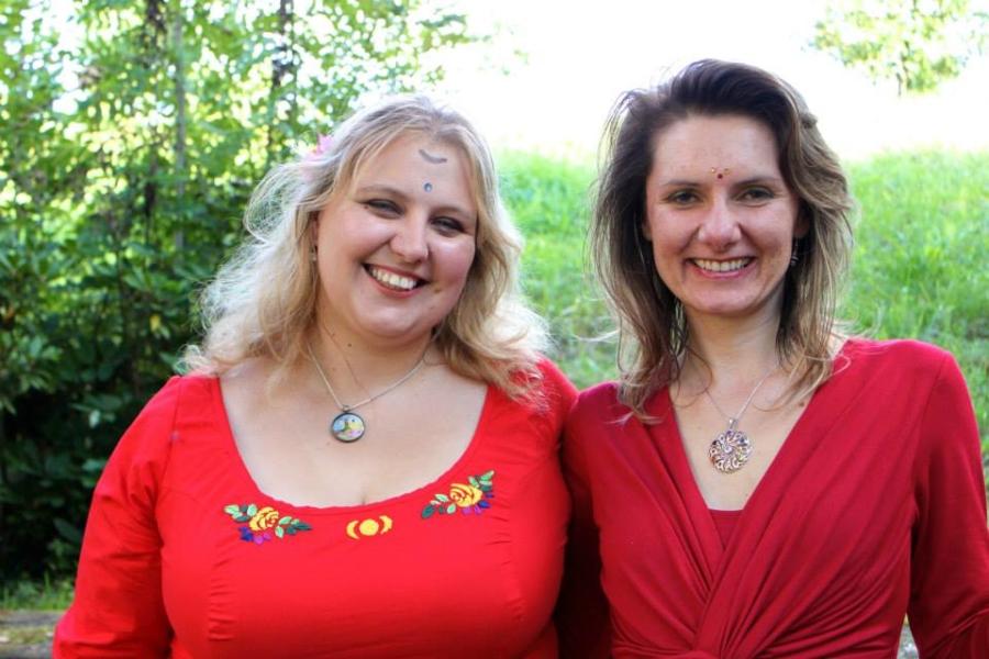 červené dámské šaty bavlněné i úpletové